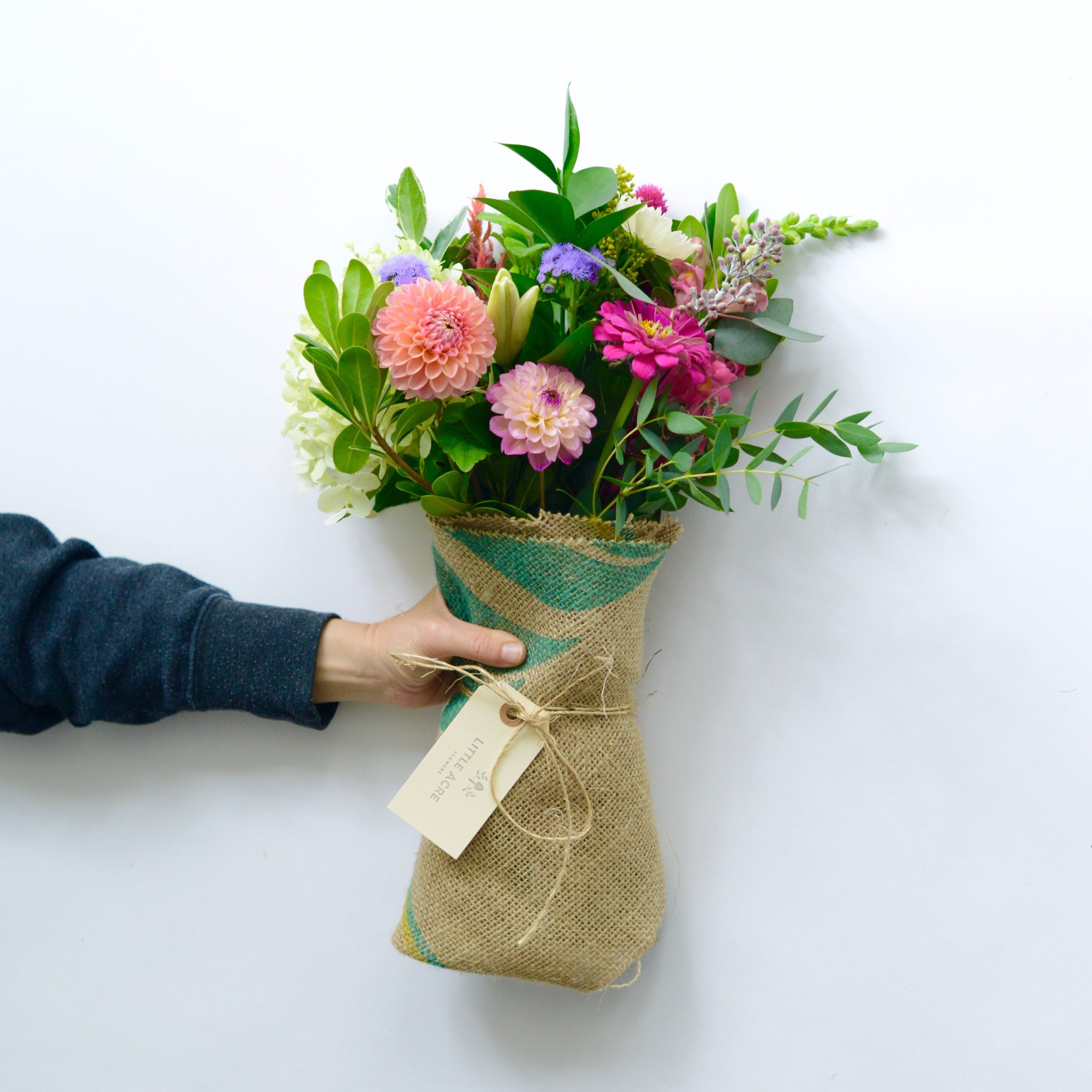 Daily hand tied bouquet little acre flowers izmirmasajfo